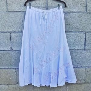 Metro Wear White Embroidered Flare Skirt Size M